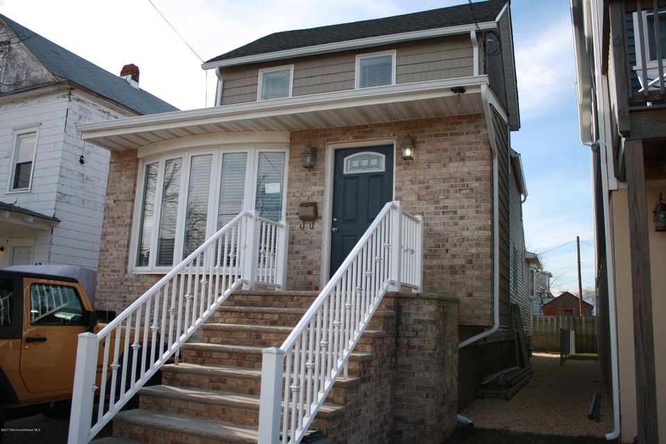 Single Family Home for Rent at 40 Miller Street 40 Miller Street Highlands, New Jersey 07732 United States