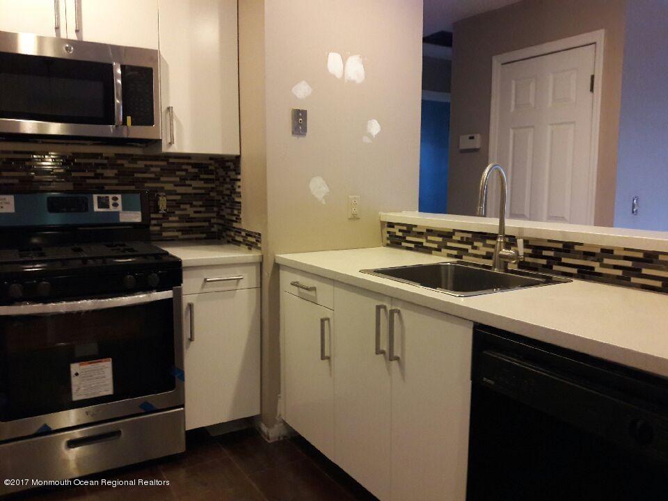 Appartement en copropriété pour l à louer à 52 Fennec Court 52 Fennec Court Tinton Falls, New Jersey 07753 États-Unis