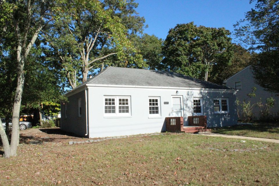Single Family Home for Rent at 3899 Smith Drive 3899 Smith Drive Point Pleasant, New Jersey 08742 United States