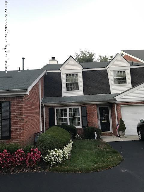Condominio por un Alquiler en 76 Maple Drive 76 Maple Drive Spring Lake Heights, Nueva Jersey 07762 Estados Unidos