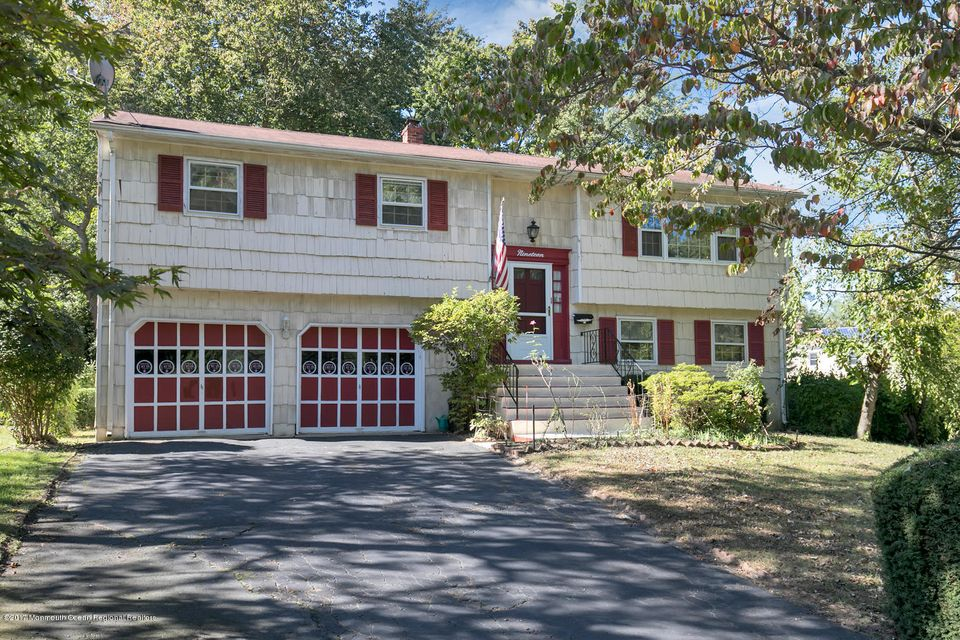 Single Family Home for Sale at 19 Kelvin Avenue 19 Kelvin Avenue Leonardo, New Jersey 07737 United States
