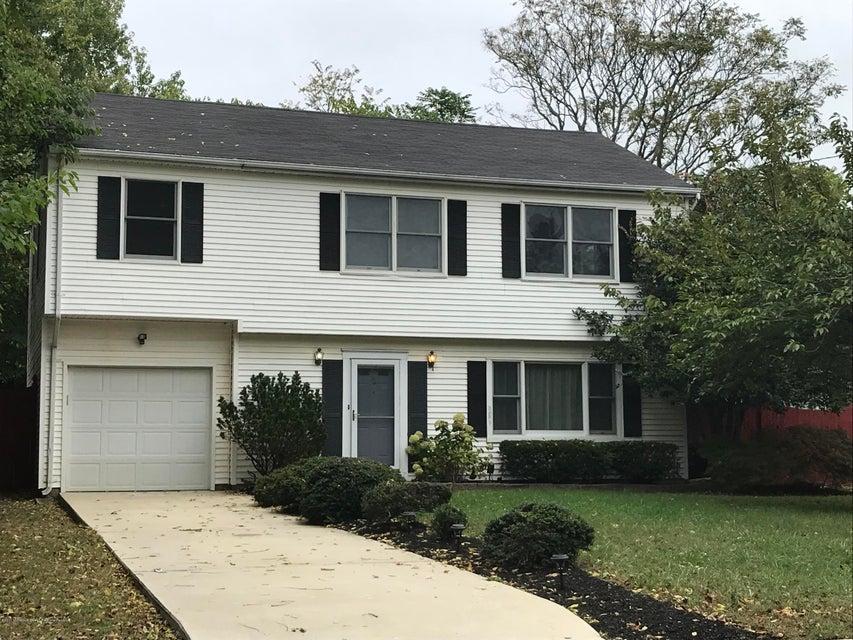 独户住宅 为 出租 在 2 Ridgewood Avenue 2 Ridgewood Avenue 莱昂纳多, 新泽西州 07737 美国