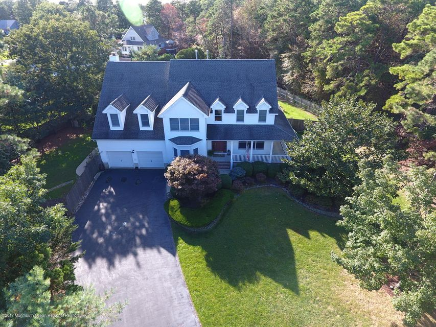 Single Family Home for Sale at 714 Joseph Avenue 714 Joseph Avenue Lanoka Harbor, New Jersey 08734 United States