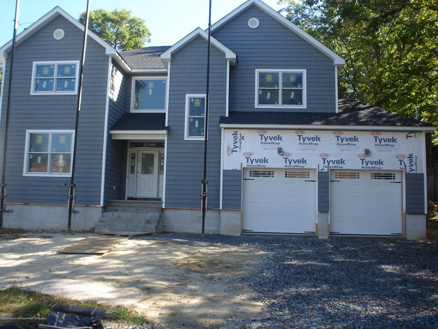 Single Family Home for Sale at 4 Tremont Drive 4 Tremont Drive Neptune, New Jersey 07753 United States