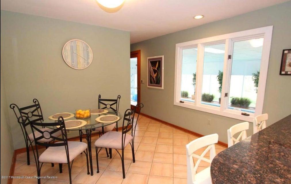 Maison unifamiliale pour l à louer à 1644 Martin Road 1644 Martin Road Wall, New Jersey 07719 États-Unis