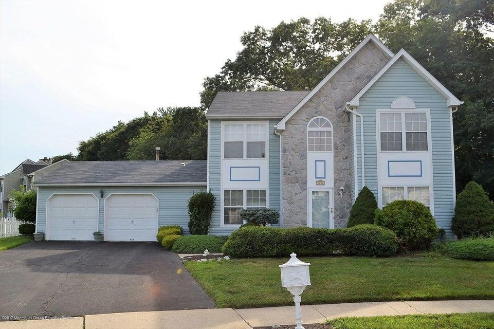 独户住宅 为 出租 在 23 Crossbrooke Court 23 Crossbrooke Court 豪威尔, 新泽西州 07731 美国