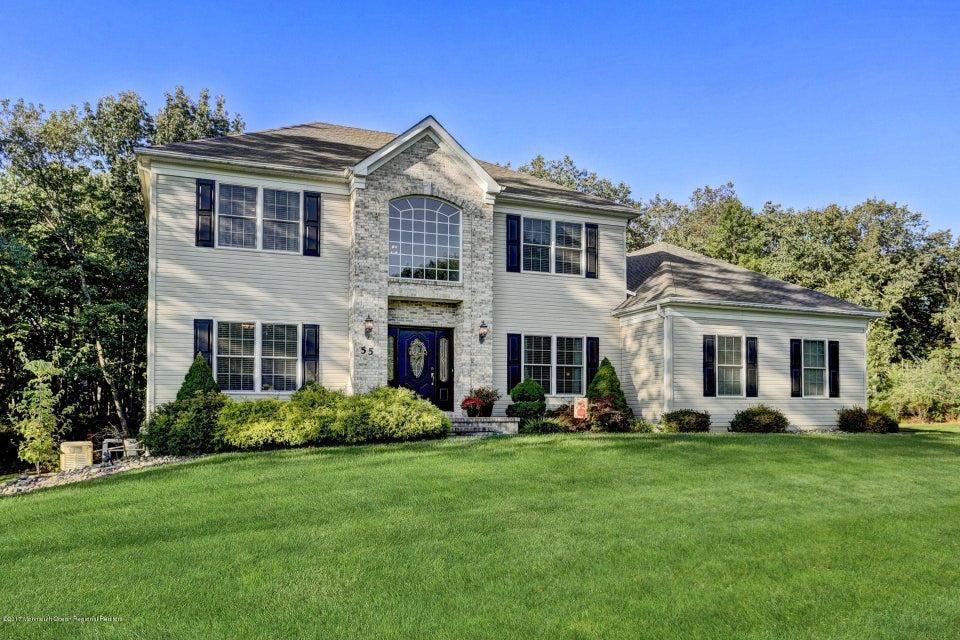 Casa Unifamiliar por un Venta en 55 Hemlock Drive 55 Hemlock Drive Plumsted, Nueva Jersey 08533 Estados Unidos