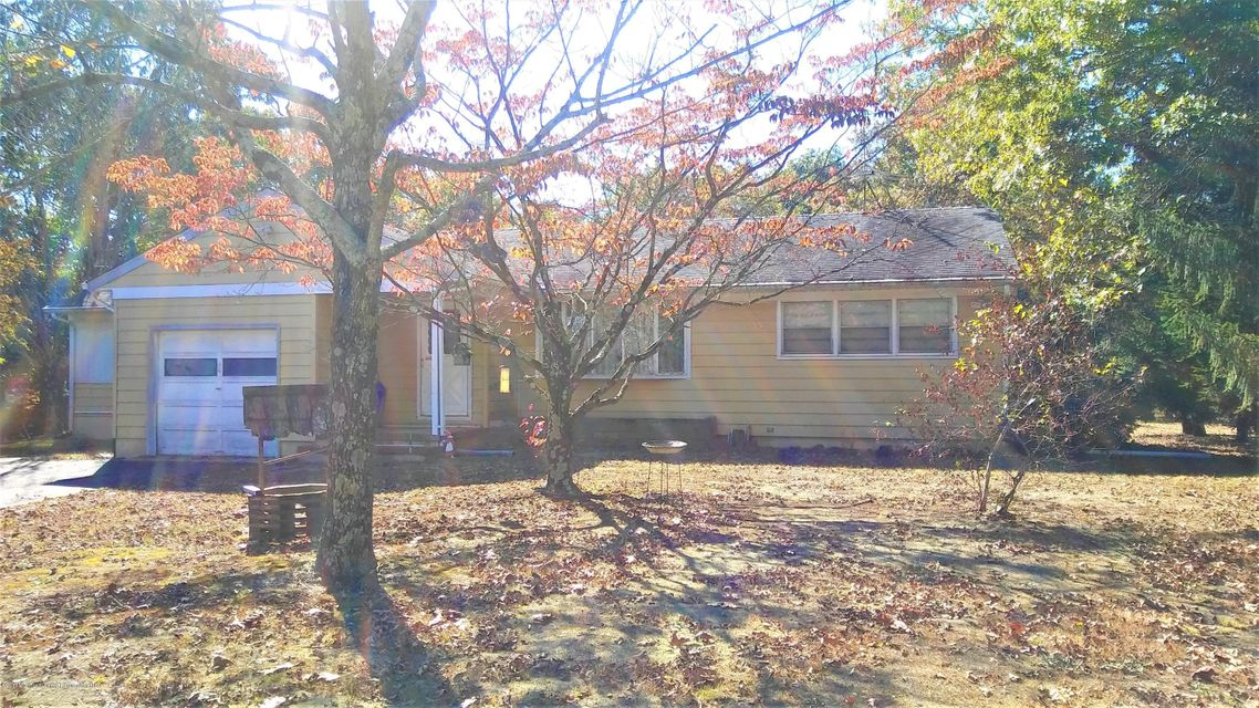 Single Family Home for Sale at 883 Route 539 883 Route 539 Plumsted, New Jersey 08533 United States
