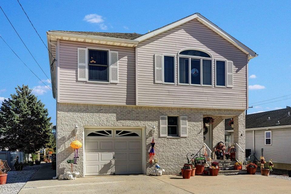 独户住宅 为 销售 在 4 Cable Road 4 Cable Road Waretown, 新泽西州 08758 美国