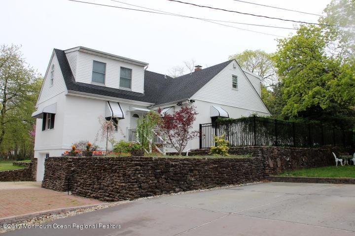 Maison unifamiliale pour l à louer à 27 Sears Avenue 27 Sears Avenue Atlantic Highlands, New Jersey 07716 États-Unis