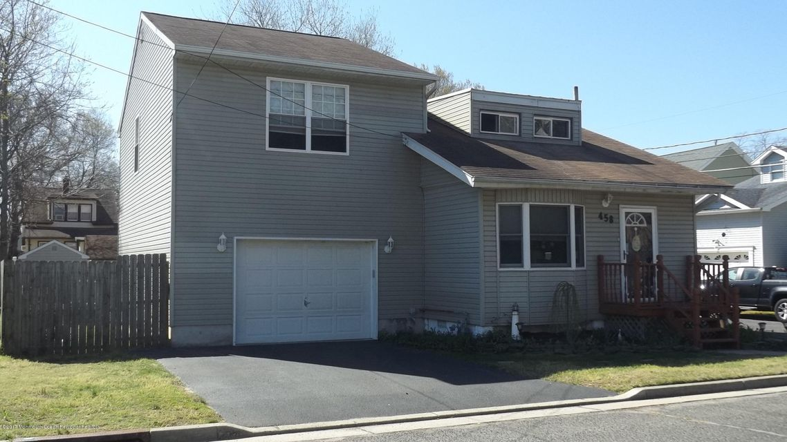 Single Family Home for Sale at 458 Center Avenue 458 Center Avenue North Middletown, New Jersey 07748 United States