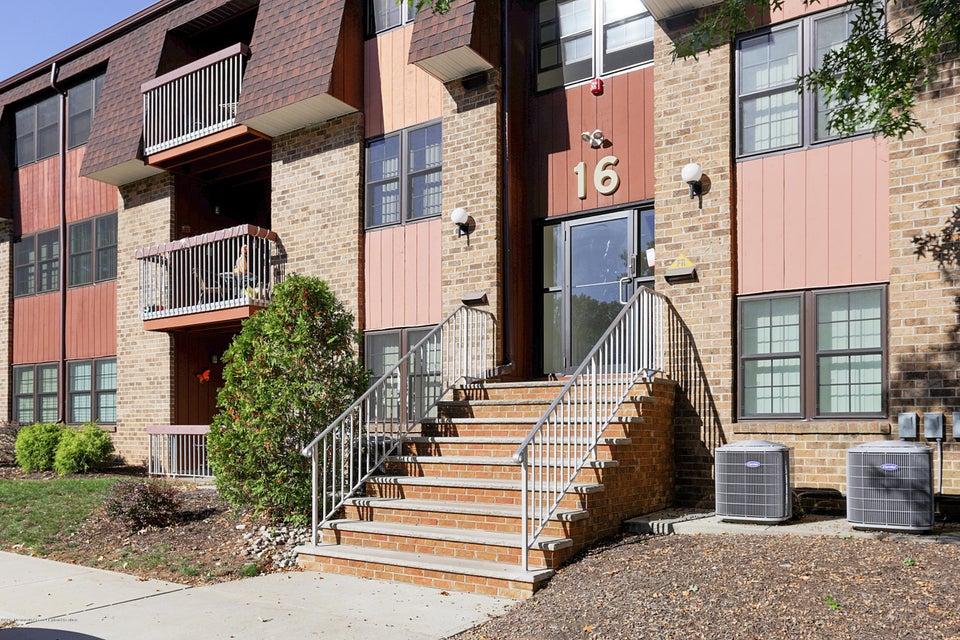 Casa Unifamiliar por un Venta en 183 Sierra Court 183 Sierra Court Woodbridge, Nueva Jersey 07095 Estados Unidos