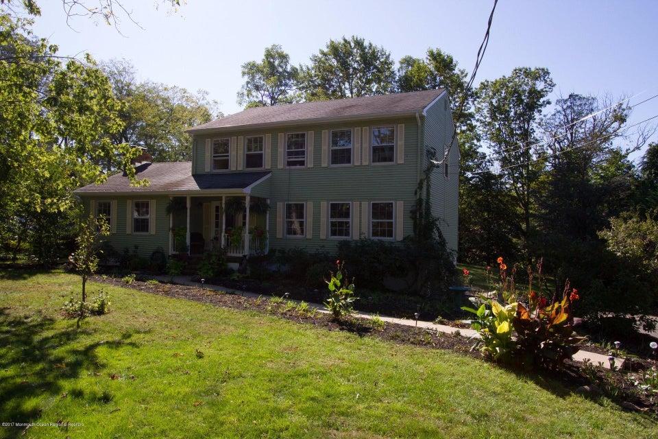 Maison unifamiliale pour l Vente à 12 Maxson Avenue 12 Maxson Avenue Locust, New Jersey 07760 États-Unis