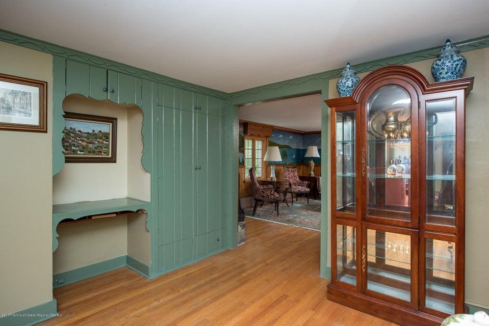 543 Old York Dining Room1