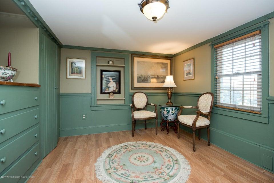 543 Old York Bedroom