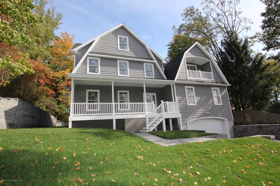 Single Family Home for Sale at 511 Riverside Drive 511 Riverside Drive Neptune, New Jersey 07753 United States