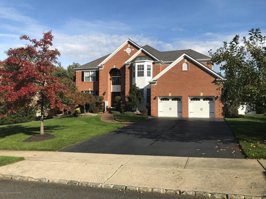 Casa para uma família para Venda às 2 Spruce Meadows Drive 2 Spruce Meadows Drive Monroe, Nova Jersey 08831 Estados Unidos