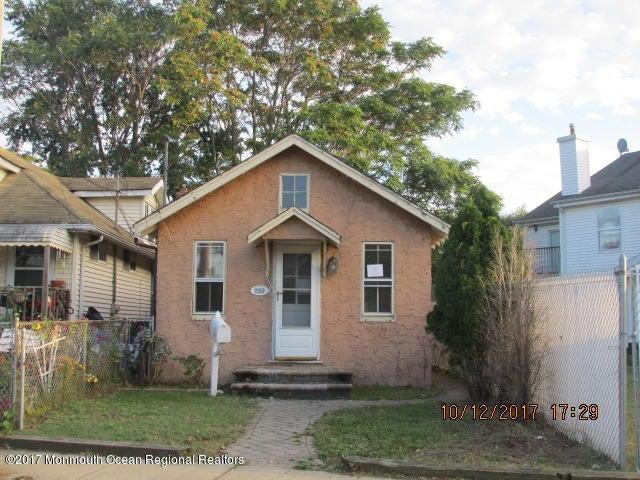 獨棟家庭住宅 為 出售 在 250 Seeley Avenue 250 Seeley Avenue Keansburg, 新澤西州 07734 美國