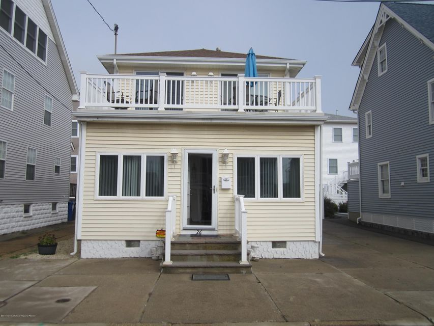 Single Family Home for Rent at 26 Harding Avenue 26 Harding Avenue Ortley Beach, New Jersey 08751 United States