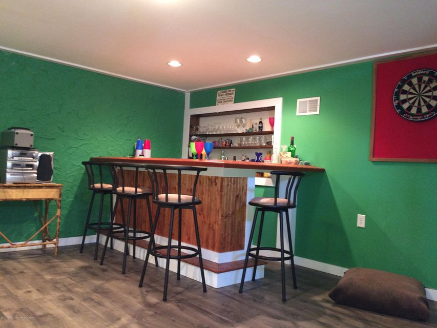 Single Family Home for Sale at 818 Laurel Street 818 Laurel Street Lakehurst, New Jersey 08733 United States