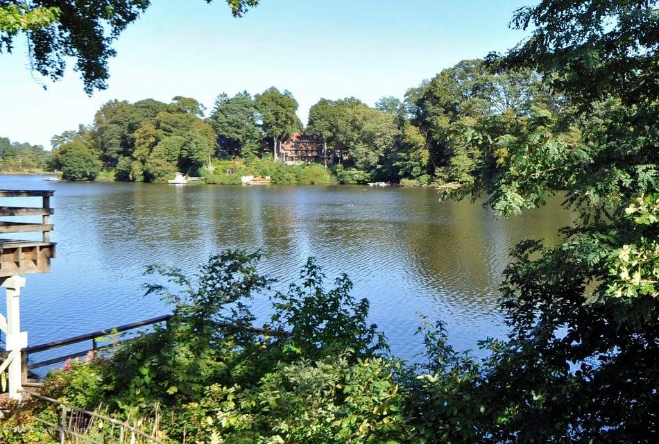 031_Lake View