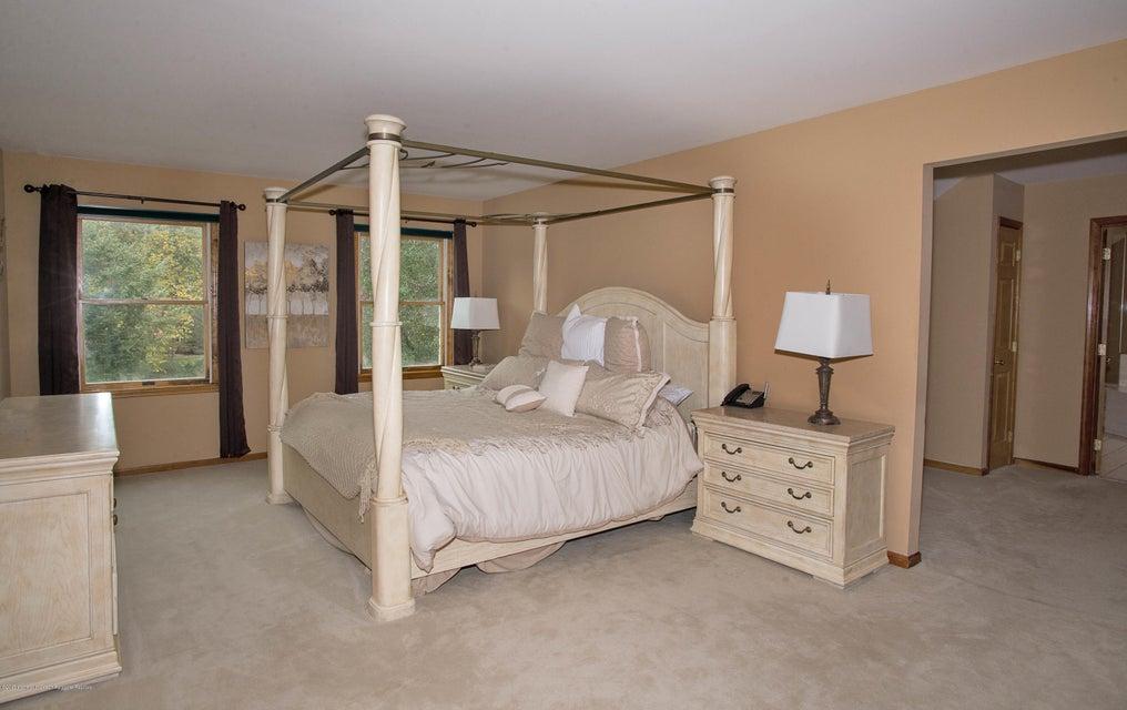 _RMJ4988.jpg master bedroom