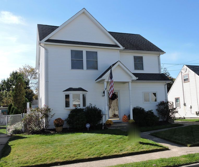Single Family Home for Sale at 75 Lincoln Avenue 75 Lincoln Avenue Neptune City, New Jersey 07753 United States