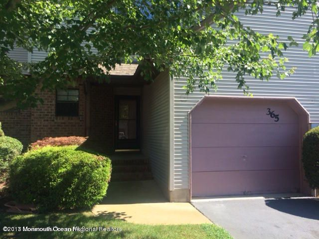 Condominium for Rent at 365 Oak Knoll Drive 365 Oak Knoll Drive Manalapan, New Jersey 07726 United States