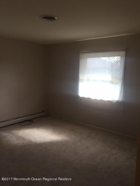 Additional photo for property listing at 20 Margarita Street 20 Margarita Street Toms River, 뉴저지 08757 미국