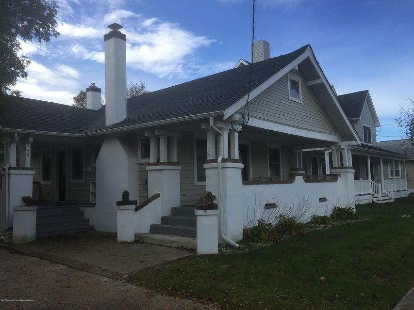 独户住宅 为 出租 在 707 22nd Avenue 707 22nd Avenue 科摩湖, 新泽西州 07719 美国
