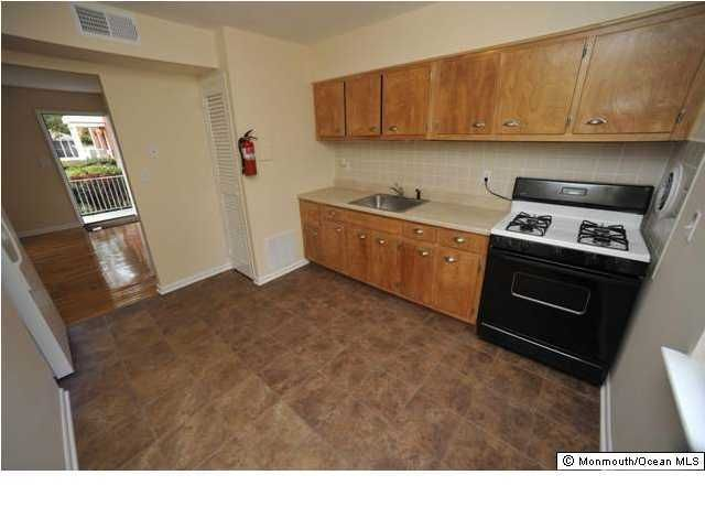Apartment for Rent at 20 Academy Street 20 Academy Street Farmingdale, New Jersey 07727 United States