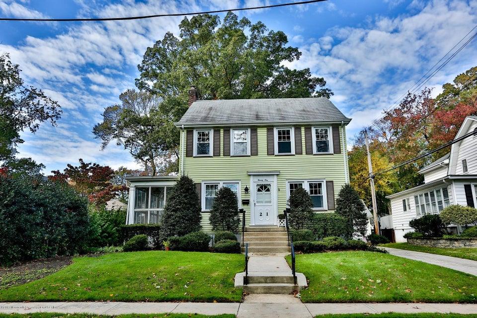 獨棟家庭住宅 為 出售 在 21 Scarba Street 21 Scarba Street Interlaken, 新澤西州 07712 美國