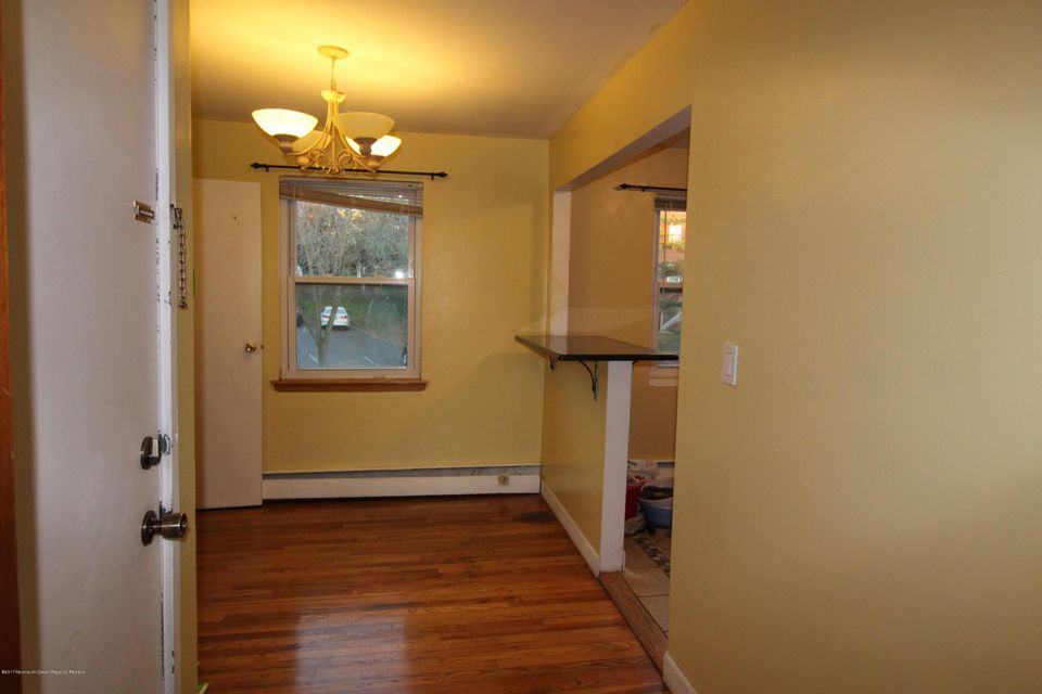 Additional photo for property listing at 15 York Drive 15 York Drive Edison, New Jersey 08817 United States