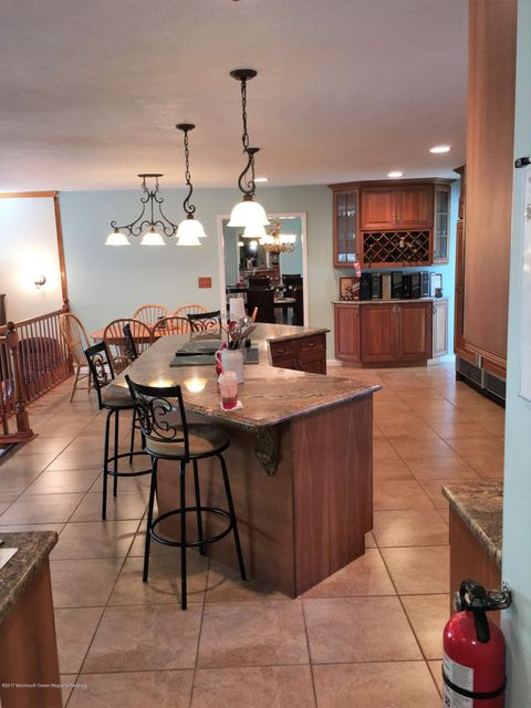 11 Shetland kitchen with center island f