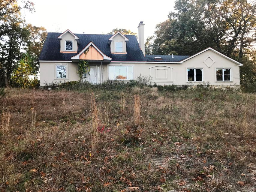 Additional photo for property listing at 19 Route 520 19 Route 520 Marlboro, Nueva Jersey 07746 Estados Unidos