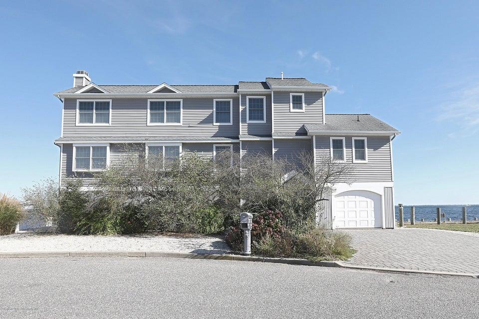獨棟家庭住宅 為 出售 在 107 Clifton Road 107 Clifton Road Barnegat, 新澤西州 08005 美國