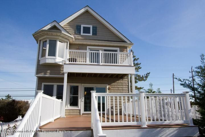 Single Family Home for Rent at 616 Ocean Avenue 616 Ocean Avenue Sea Bright, New Jersey 07760 United States