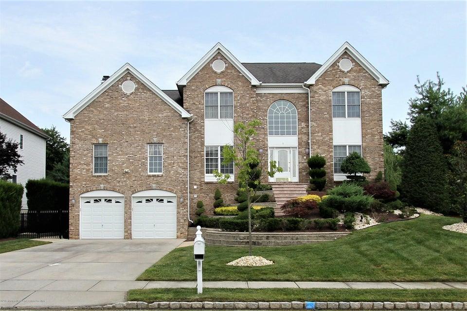 Villa per Vendita alle ore 11 Clymer Court 11 Clymer Court Marlboro, New Jersey 07746 Stati Uniti