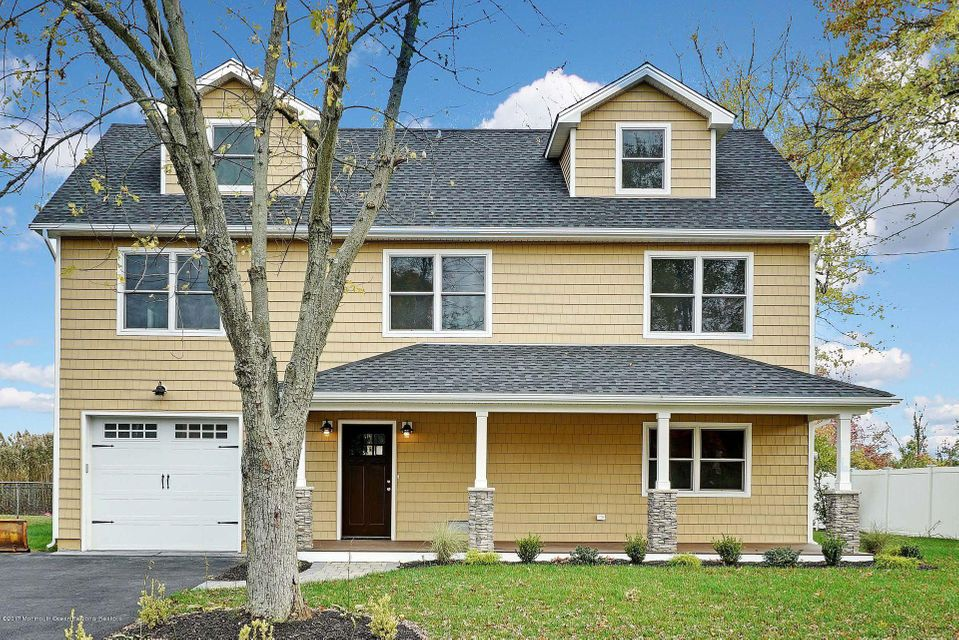 Single Family Home for Sale at 654 Bray Avenue 654 Bray Avenue Port Monmouth, New Jersey 07758 United States