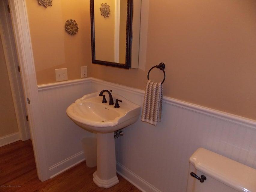 DS Bath 1