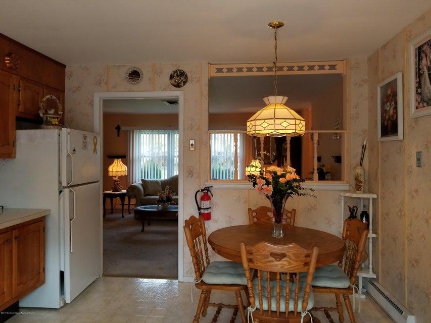 独户住宅 为 出租 在 313d Dorchester Drive 313d Dorchester Drive 莱克伍德, 新泽西州 08701 美国