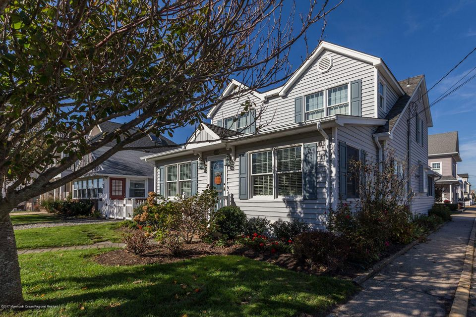 Single Family Home for Sale at 574 Perch Avenue 574 Perch Avenue Manasquan, New Jersey 08736 United States