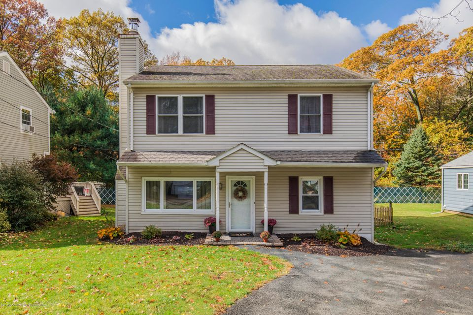 Single Family Home for Sale at 12 Woodland Avenue 12 Woodland Avenue Budd Lake, New Jersey 07828 United States