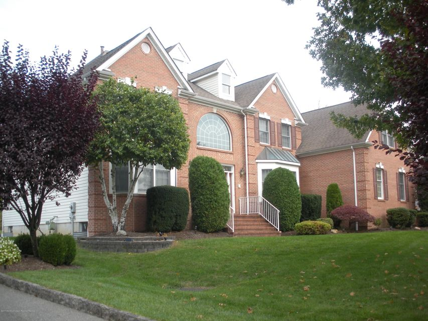 Single Family Home for Sale at 17 New Dover Road 17 New Dover Road East Brunswick, New Jersey 08816 United States