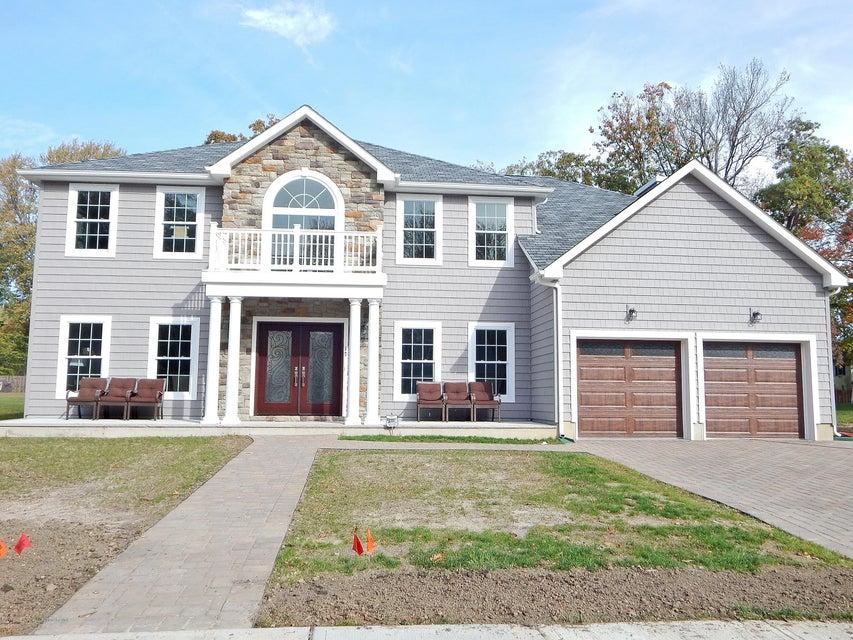 Casa Unifamiliar por un Venta en 17 Dorset Road 17 Dorset Road Ocean Township, Nueva Jersey 07712 Estados Unidos