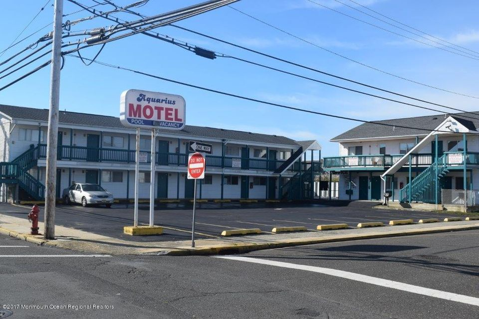 Commercial for Sale at 201 Kearney Avenue 201 Kearney Avenue Seaside Heights, New Jersey 08751 United States