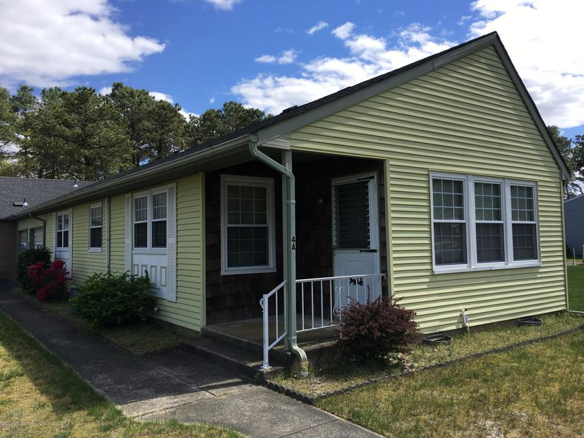 Single Family Home for Rent at 4a Ardmore Street 4a Ardmore Street Whiting, New Jersey 08759 United States