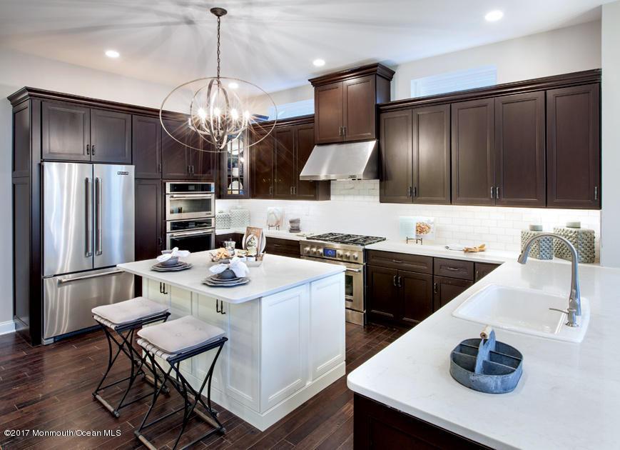 Bronson Expanded Kitchen option