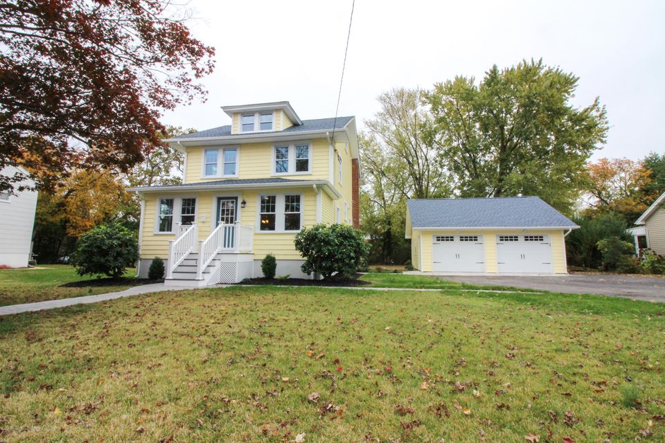 Maison unifamiliale pour l Vente à 1103 Wall Road 1103 Wall Road Spring Lake Heights, New Jersey 07762 États-Unis