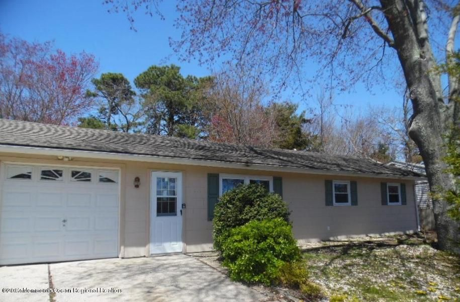 Single Family Home for Rent at 111 6th Street 111 6th Street Barnegat, New Jersey 08005 United States